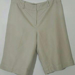 Ann Taylor size 8 linen blend lined khaki shorts